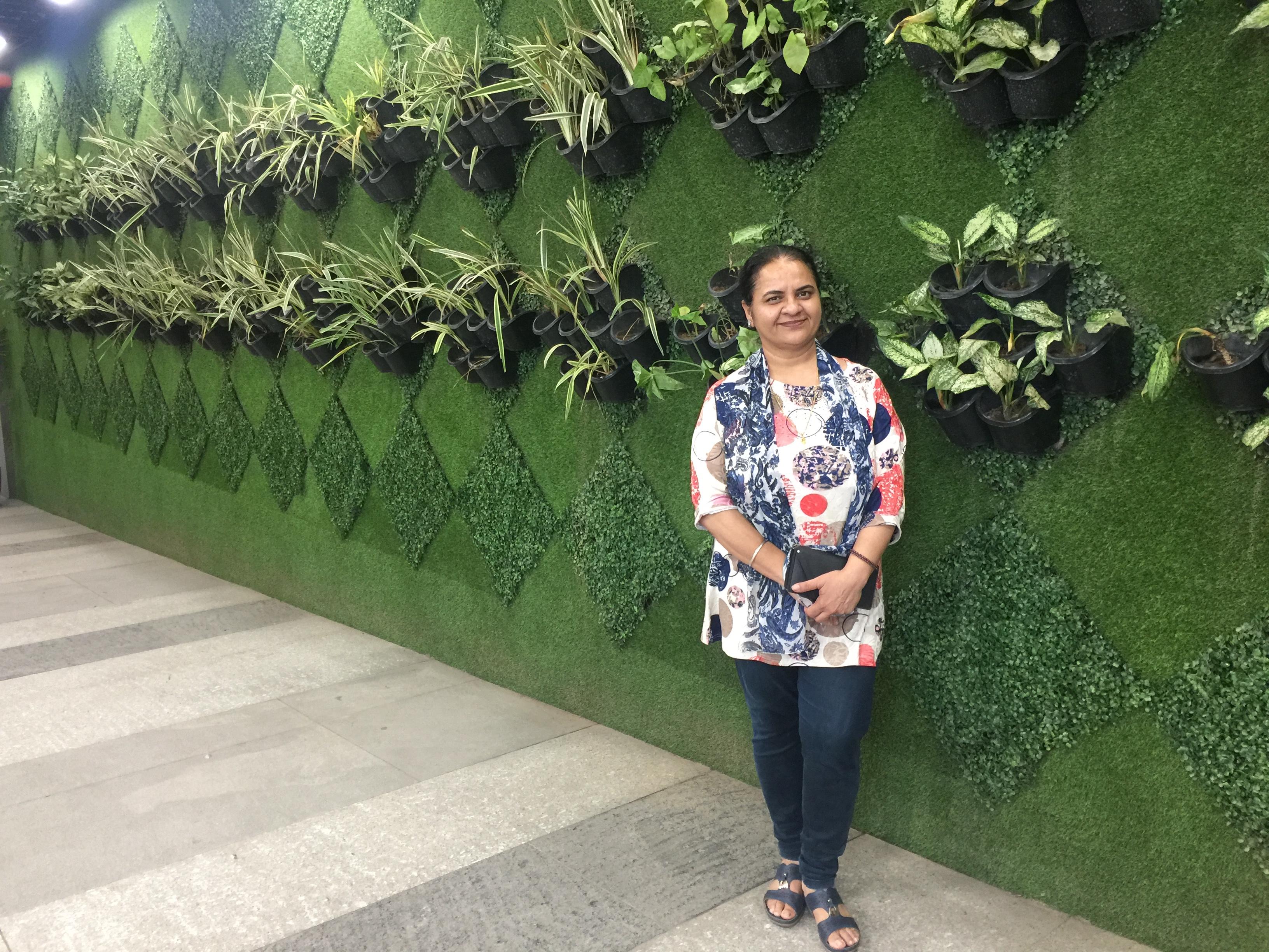 Neena Bhandari